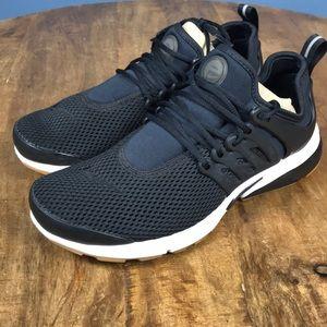 Nike Air Presto Women's Size 8 Black/White